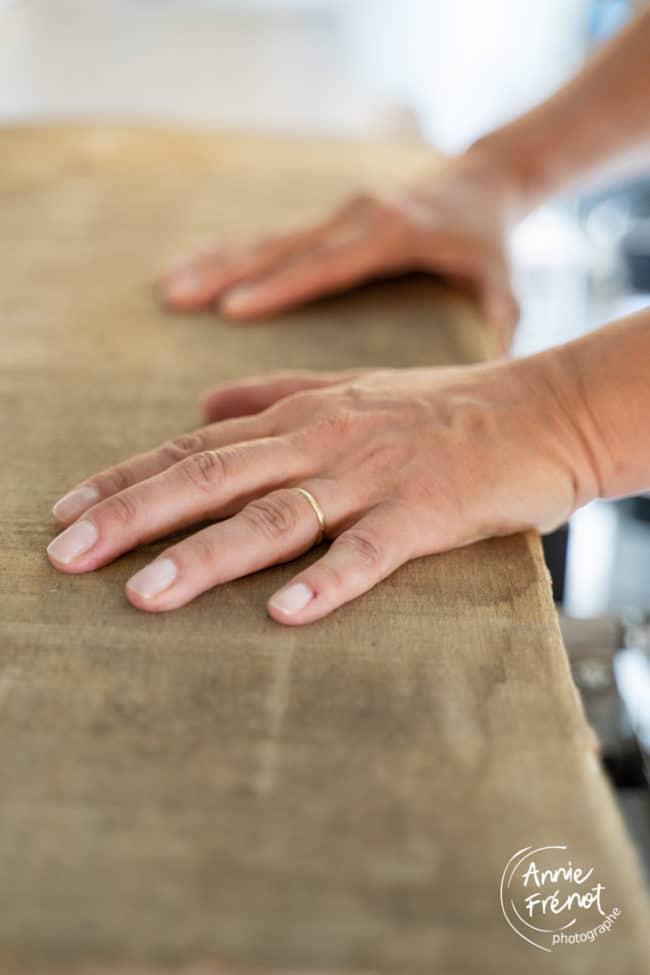 mains ébéniste